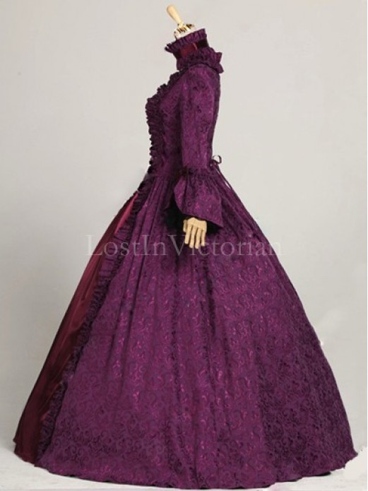 Historical 18th Century Georgian Colonial Era Dress Gown