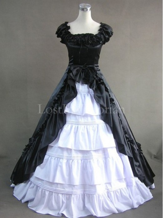 Black and White Colonial Inspired Victorian Dress Masquerade Gothic ...