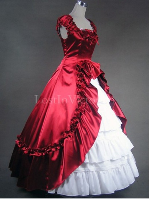 and White Colonial Inspired Victorian Dress Ball Gown Vintage ...